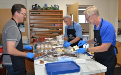 East River Employees Volunteer at Gathering Meal